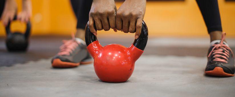 femme-en-entrainement-pour-renforcement-musculaire